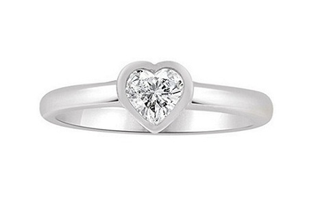 lovely small CZ heart gold baby ring